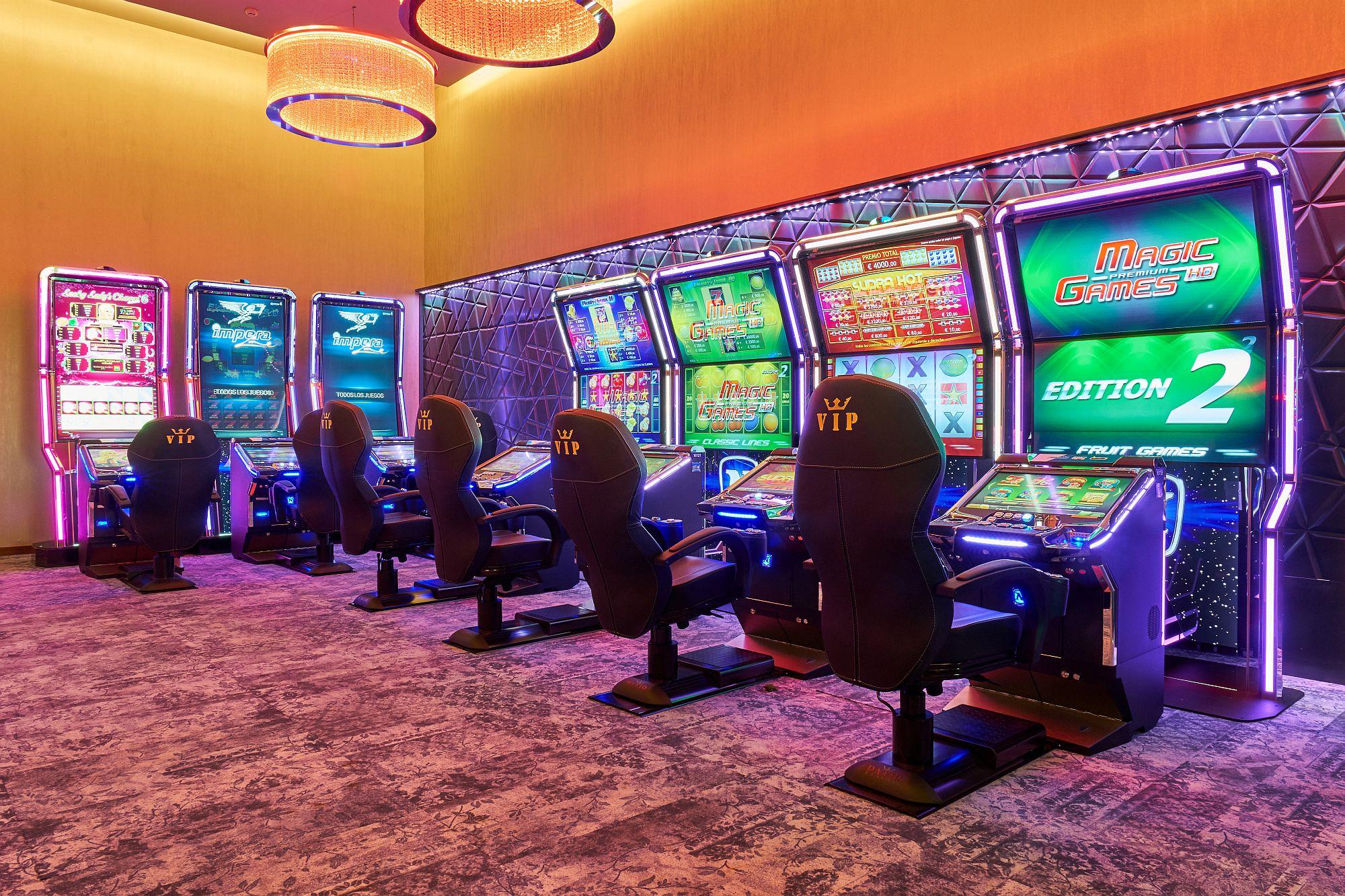 казино игровые автоматы играть онлайн 777